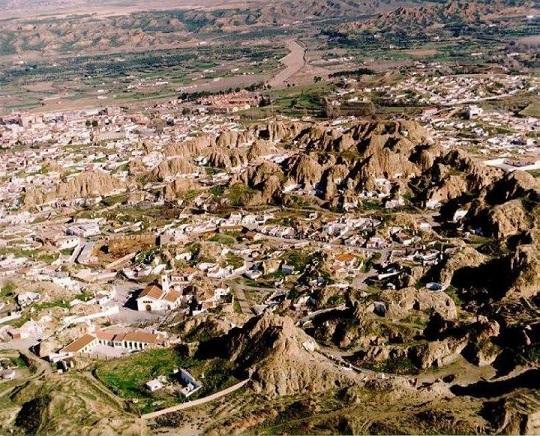 paysages, andalousie,guadix,western,eau, verdure,insolite,jolis coins,patrimoine, culture,randonnées,touriste,rare