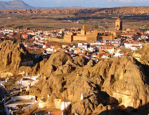 Baños Arabes Ferreira:alojamiento casa cueva andalucia guadix cerca granada y alhambra